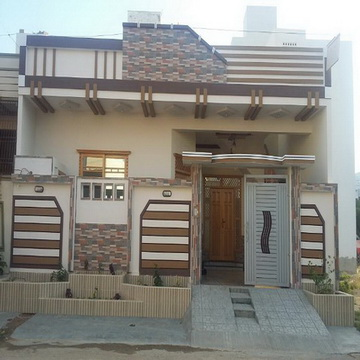 120 Yards Double Story Bungalow For Sale In Saadi Town